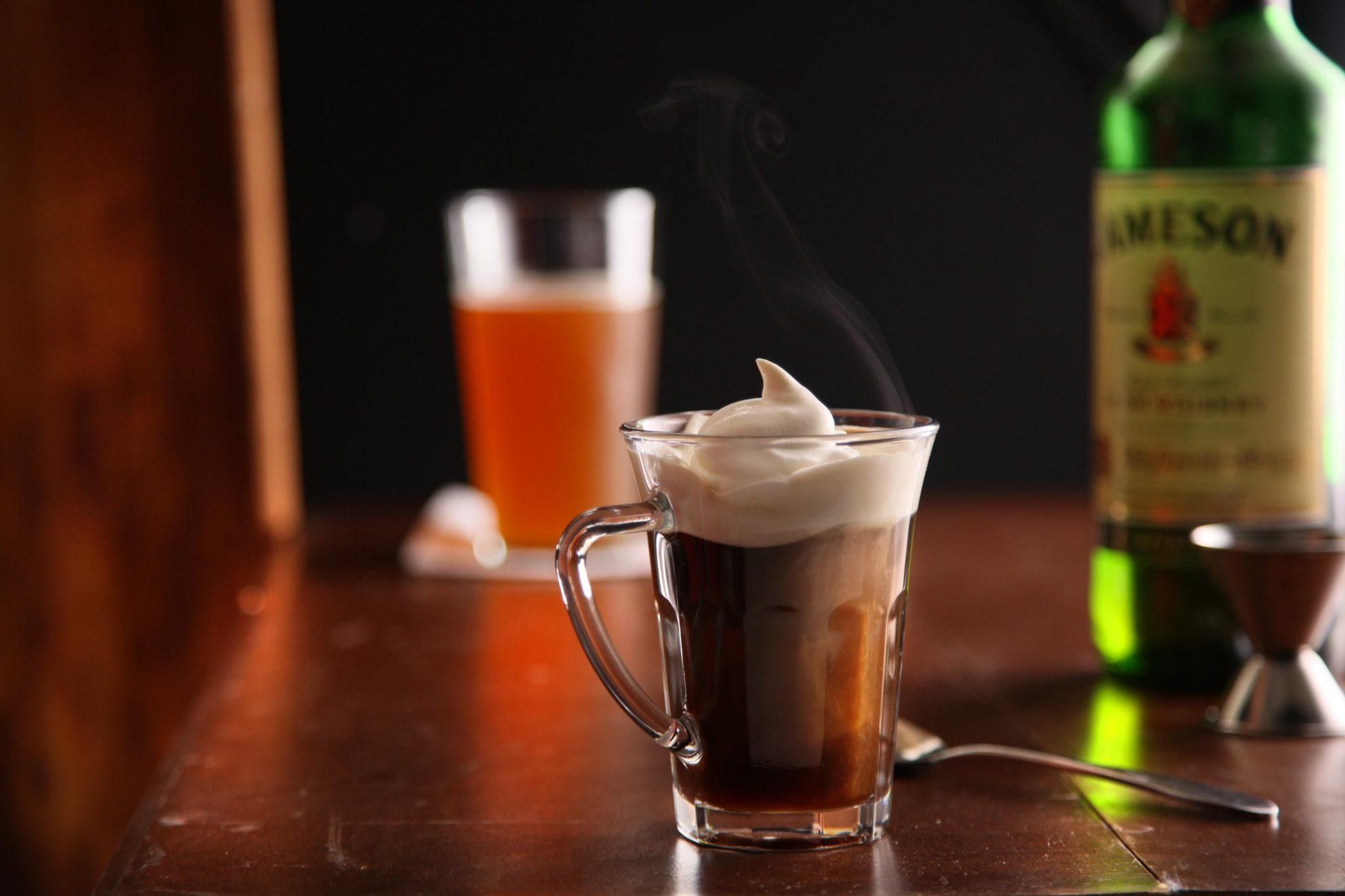 Irısh Coffe kokteyli
