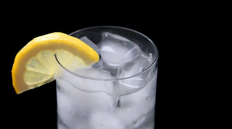 Mide bulantısını gidermek için limon